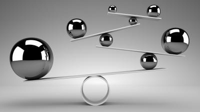 silver balls balancing
